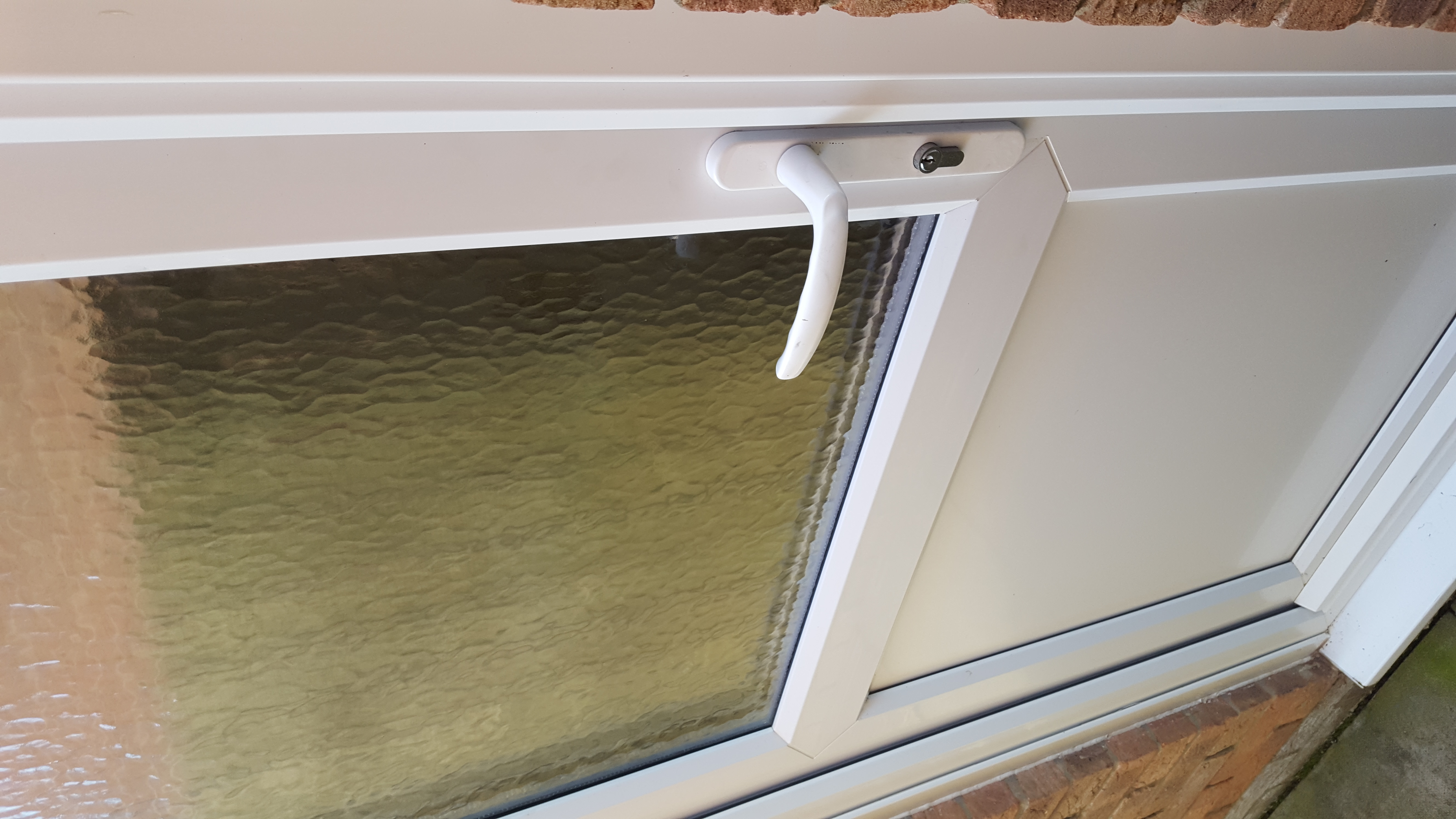 Double glazing repair wallsend 2 double glazing for Double glazing window repairs